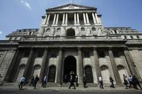 Brexit: Bank of England warns again, holds rate