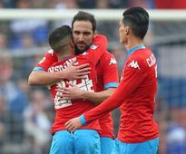 Higuain hits 21st goal, Juve, Roma locked in racism row