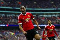 Fellaini, Martial fire Man Utd to FA Cup final