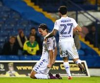 Leeds beat Norwich on penalties