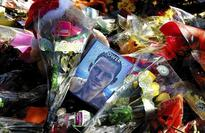 Fans pay tribute to 'Fast & Furious' actor Paul Walker and friend