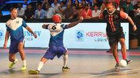 Premier Futsal: Delhi Dragons ride on magical Ronaldinho to edge past Ryan Giggs' Mumbai Warriors
