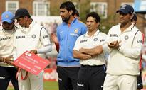 India cricket news: Anil Kumble praises MS Dhoni on his handling Tendulkar, Dravid and other senior cricketers