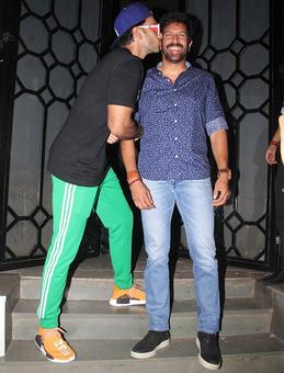 Why is Ranveer Singh kissing Kabir Khan?