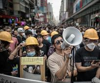 Hong Kong Civil Servants Show Support for Democracy Protests