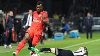 Is PSG defender Serge Aurier moving to Manchester United?