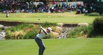 Leishman hits the front in Sun City