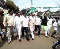 BJD intensifies stir on Polavaram, stages demonstration in 7 dists
