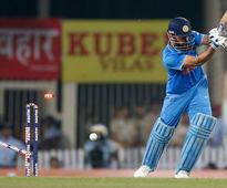 Batsmen falter as New Zealand beat India to level series