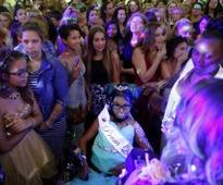 More than 1,000 people attend 'last dance' of 14-year-old girl