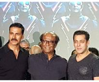 Salman Khan 'sums up' sister's sangeet for Sania Mirza