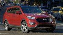 Hyundai Santa Fe 3-Row Overcomes Space Shortcomings