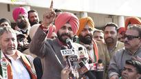 In Amritsar East constituency, Congress candidate Navjot Singh Sidhu lashes out...