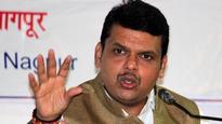 Babu-minister war leads to massive Maha bureaucratic rejig