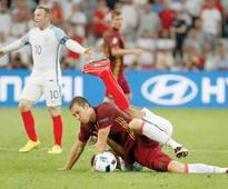 Dzyuba fuels flames by blaming England fans