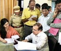 Contrary to fears, Munde's Palghar visit goes off peacefully