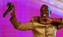 Flashy West Indies cricketer Dwayne Bravo turns Bollywood singer for Tum Bin 2!