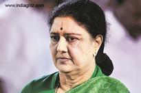 Sasikala surrenders at Bengaluru Court