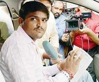 Pen is mightier for Hardik