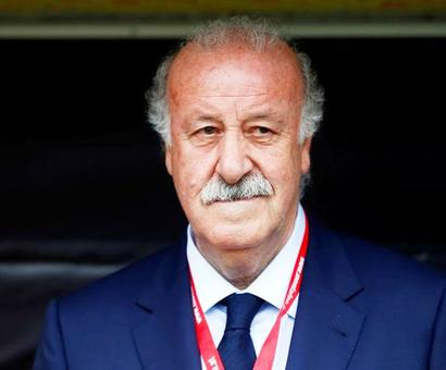 Manager of Spain's 'invincibles', Del Bosque to retire
