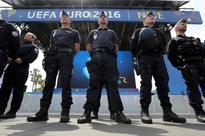 France vows to keep Euro 2016 moving despite strikes