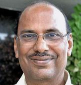 Bojjala dares Jagan to quit and seek re-election