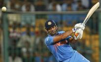 UPDATE 1-Cricket-Dhoni steps down as India's limited overs captain