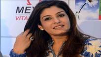 Raveena Tandon takes a dig at Salman Khan and Aamir Khan