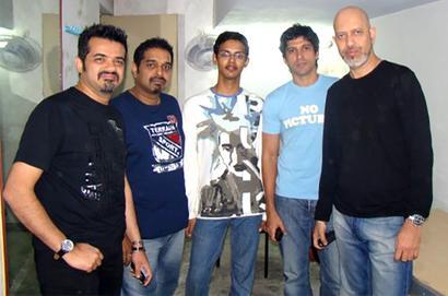 What were Shankar, Eshaan, Loy, Farhan doing at IIT-K?