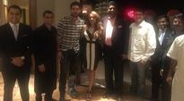 IPL 2016: Yuvraj Singh, lovely fiancee Hazel Keech meet Vijay Amritraj