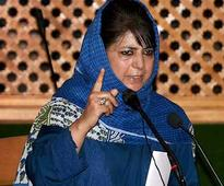 Jammu and Kashmir chief minister Mehbooba Mufti, guv NN Vohra discuss attacks on police personnel