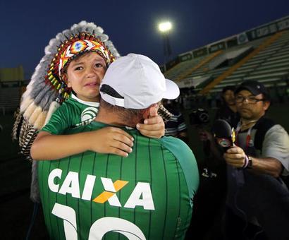Soccer crash survivors undergo operations in Colombia, probe begins