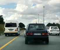 Cops, paramedics blocked by cars in yellow lane