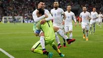 Confederations Cup 2017: Shootout hero Claudio Bravo sends Chile into final after 0-0 draw