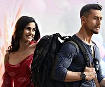 `Lo Safar` from `Baaghi 2` is a heart-touching love song!