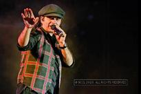 Mohit Chauhan performs at SRCC's fest in Delhi