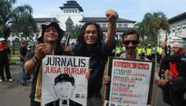 Journalists in Bandung Demand Improved Welfare on May Day