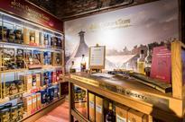 John Dewar & Sons opens Fine Whisky Emporium at Schiphol