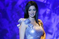 Sridevi-shoots-for-Tanishq-ad-with-Gauri-Shinde