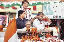 In a risky gambit, Gandhis bet big on Uttar Pradesh over Punjab