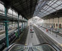 French unions kick off huge rail strike in test for Emmanuel Macron