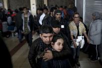 Heralding Schengen suspension, EU gives Greece three months to fix borders