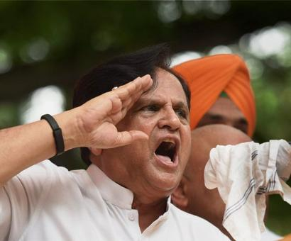 How Ahmed Patel outwitted Amit Shah