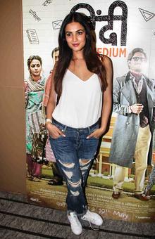 PIX: Sonal Chauhan, Swara Bhaskar watch a film with Irrfan