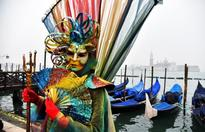 The beautiful Carnival of Venice, in pics