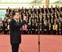 Chinese Premier Li Keqiang has urged the country's individual business owners to take an active part in entrepreneurship and innovation and contribute to national economic and social development.