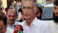 CM Khattak looks on as PTI MPs lock horns in KP Assembly