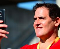 What Elon Musk, Mark Cuban, and 11 other successful people do on weekends