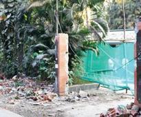 BMC tears down outer wall of Khar Gym