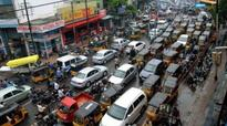 Visakhapatnam: Chaos prevails on busy roads